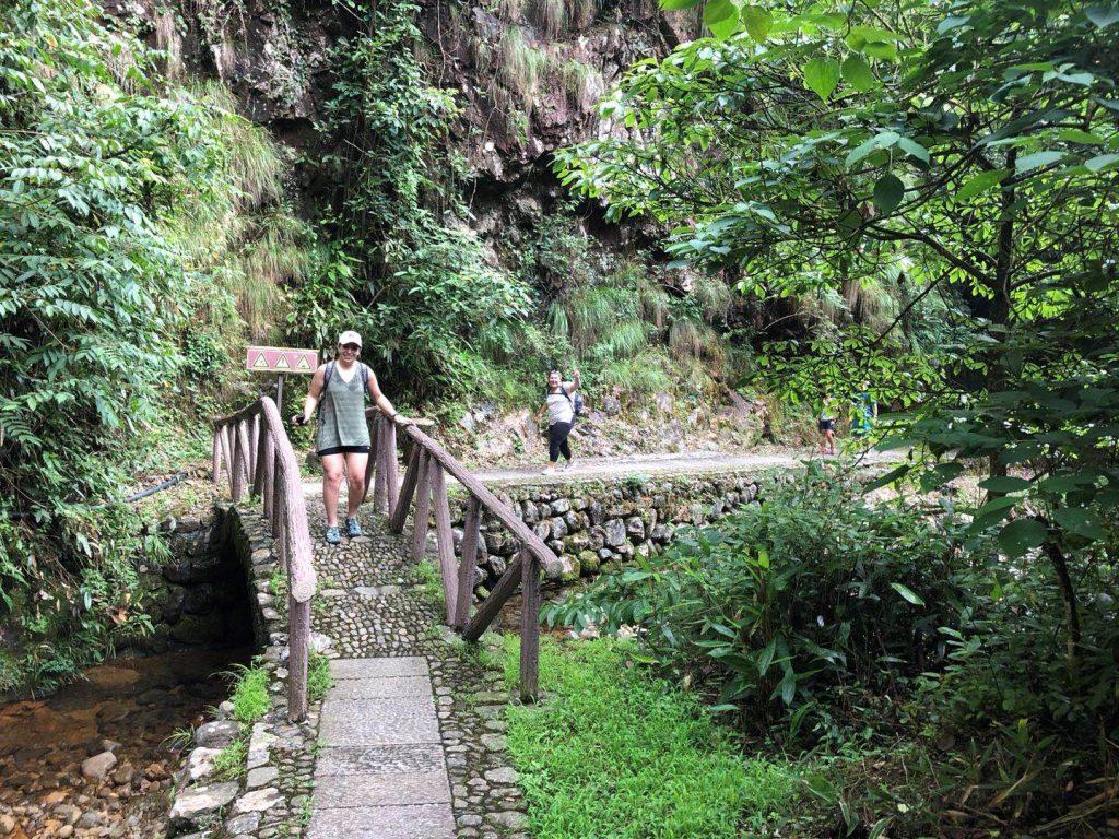 hiking-in-china with Kara Leckinger