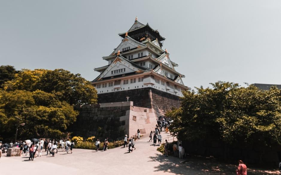 osaka-castle-in-japan
