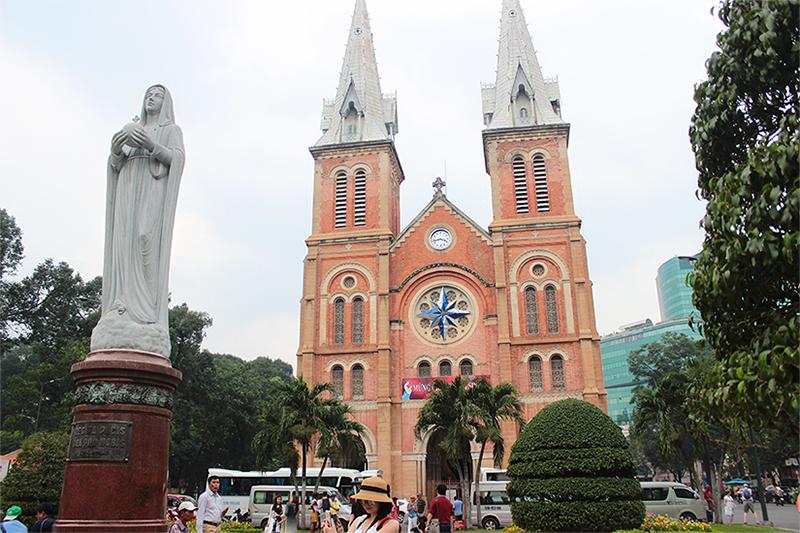 Internships in Vietnam - Cathedral